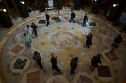 A spontaneous Speak out and circle in the Capitol rotunda on 9/14/12.