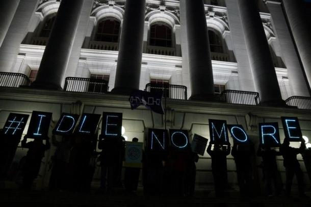 Overpass Light Brigade  #IdleNoMore Madison WI 1/13/13