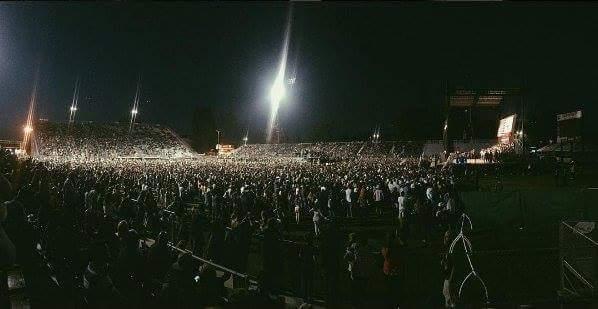 Bernie Sanders rally, Sacramento, CA, 21,000 in attendance. Photo: @fastlife3o5, Twitter